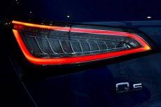 画像4: Audi 純正 Q5(8R) LED クリア テールランプセット (4)