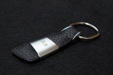 画像1: Audi 純正 アクセサリー レザーキーリング (A3) (1)