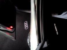 画像1: Audi 純正 LED ドアエントリーライト セット(カーテシランプ)Four Rings / quattro (1)