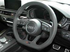 画像12: Audi 純正 New RS5 Coupe (F5) フラットボトム ステアリング (パンチングレザー) (12)