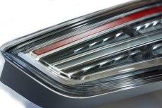画像2: Audi 純正 Q3 / RS Q3 (8U) LED クリア テールランプセット (2)