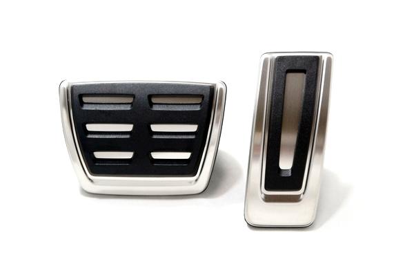 画像1: Audi 純正 A1(FL後8X) / Q2 / A3(8V) / TT(8S) ペダルカバーセット (1)