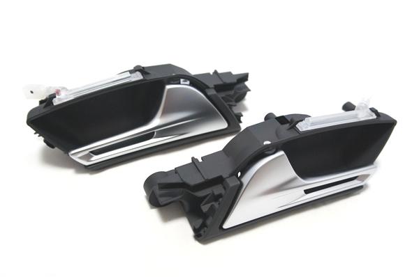 画像1: Audi 純正 RS5(8T) ドアインナーハンドル セット (1)