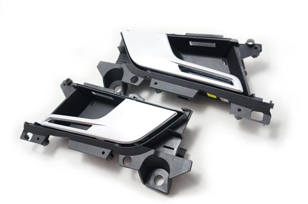 画像1: Audi 純正 RS5(F5) ドアインナーハンドル セット クーペ、カブリオレ (2ドア) 用 (1)