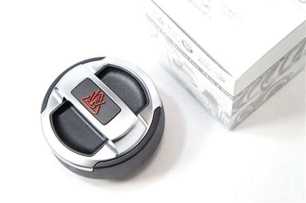 画像1: Audi 純正 R8 クーラントリザーバータンクキャップ (1)